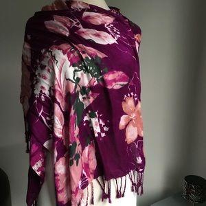 Liz Claiborne Berry Purple scarf.  NWT